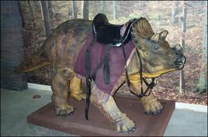 Montura Triceratops Museo de la Creación
