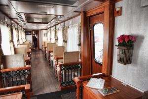 Lujoso Interior de los vagones del Tren (Imagen Min. Turismo Ecuador)