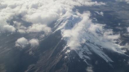 El Chimborazo vista aérea. Clic para ver más grande.